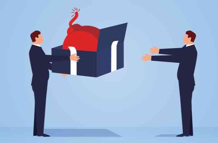 退職代行を利用されたら職場側が辞めた従業員に復讐したくなる理由2点画像